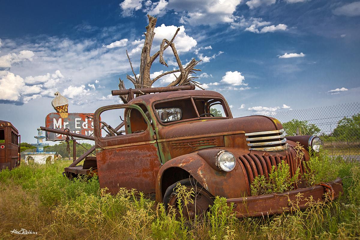 Mr. Ed's & Trucks